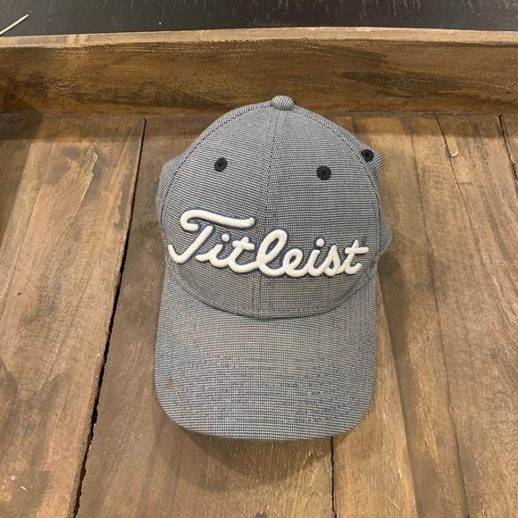 Men's titleist hat